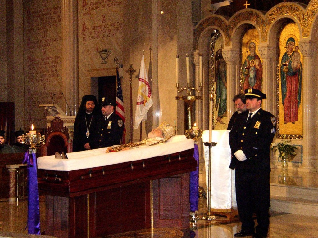 The body of Archbishop Iakovos (Coucouzis) of America lying in state at Holy Trinity Greek Orthodox Cathedral, NYC, 2005